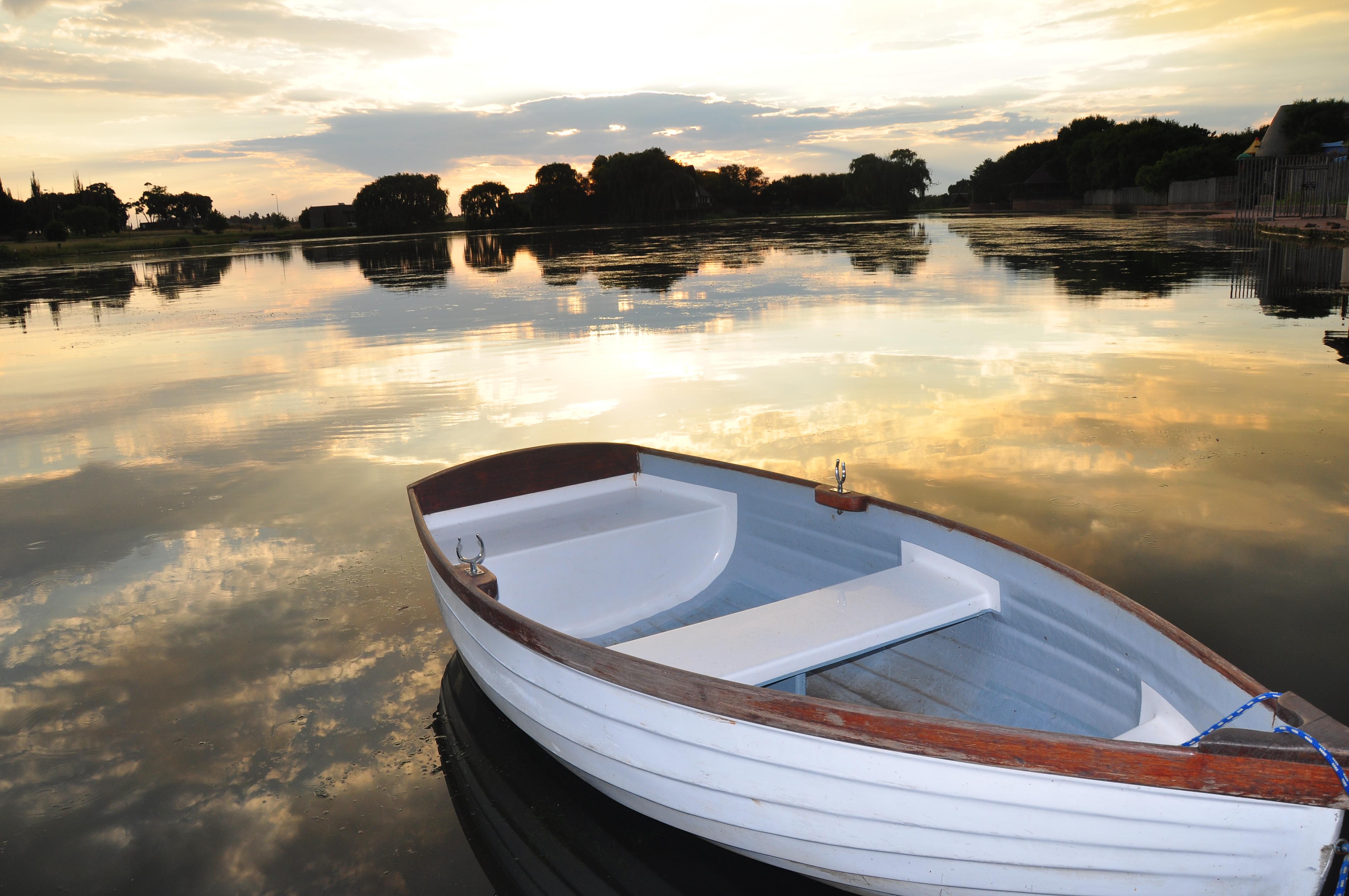 Rowing on Lake Umuzi (Rocky Waters)